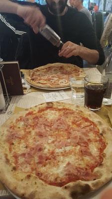 ...und Abends zum Abschluss noch super Pizza