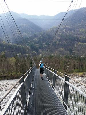 Trailrun Richtung Ortschaft Maggia