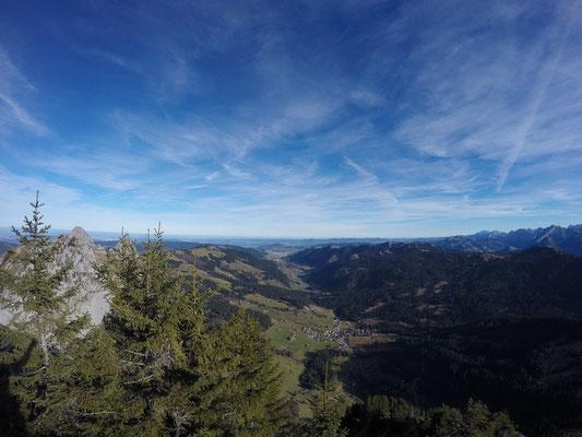 Sicht hinter ins Tal