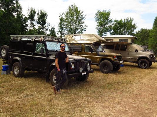 Camping Area: Bagheera mit Landcruiser & Ford