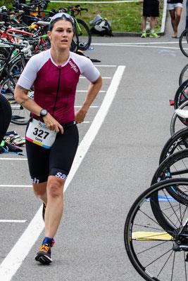 Vom Bike auf die Laufstrecke, Startnummer nach vorne!