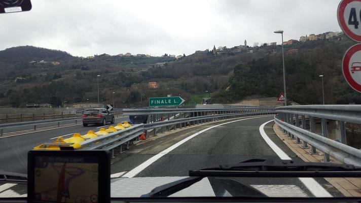 Ankunft in Finale Ligure Italien