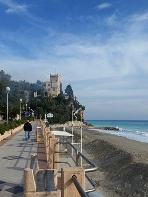 Strand von Finale Ligure