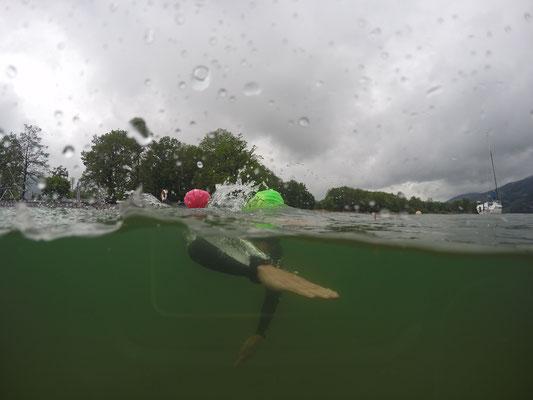 Open Water Schwimmtraining im kalten Mondsee