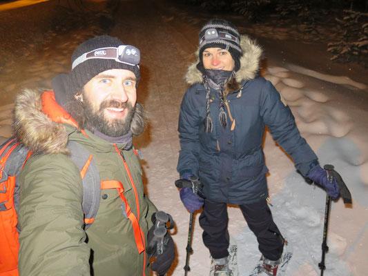 Auf Nordlichtjagd mit den Schneeschuhen