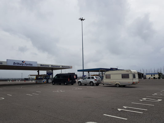 Poole am Warten auf die Fähre nach Cherbourgh