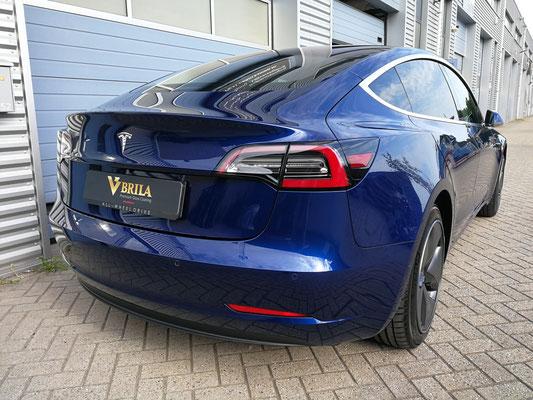 Tesla model 3 behandeld met glascoating op lak en velgen | A1 Car Cleaning