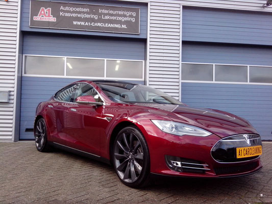 Tesla Model S, Glasscoating, lakverzegeling, nieuwe auto detailing | A1 Car Cleaning