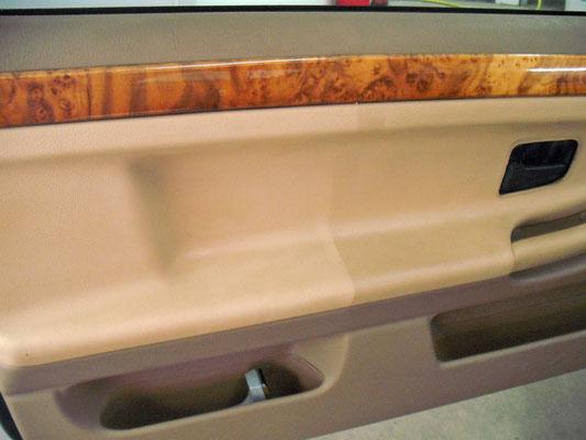 Schoongemaakt deurbekleding/deurpanneel | A1 Car Cleaning