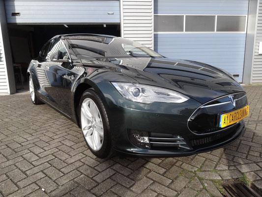 Tesla model S zwart, glascoating op lak en velgen | A1 Car Cleaning