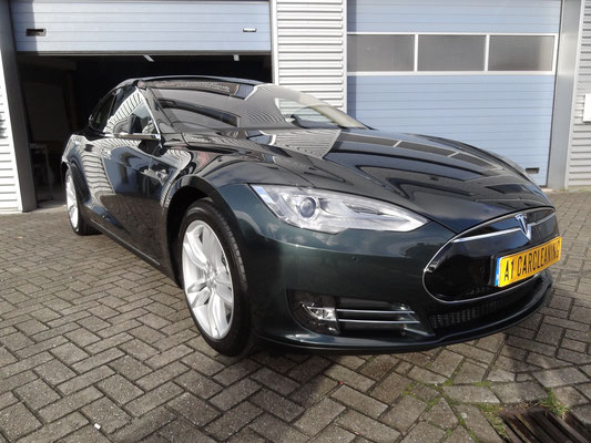 Tesla model S zwart, glascoating op lak en velgen | A1 Car Cleaning