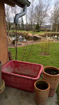 Ein neues Wasserreservoir - gespiesen vom Brotbackhausdach
