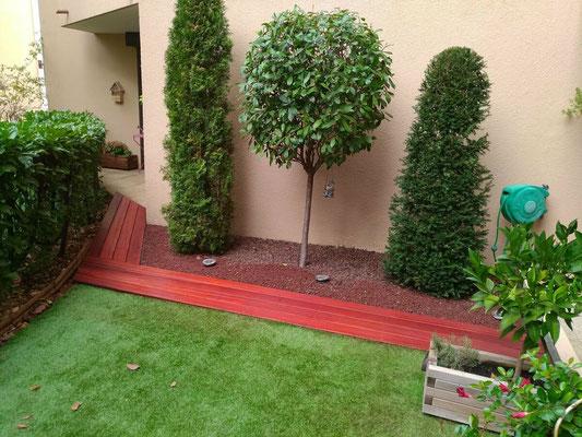 Aménagement de jardin en bois exotique