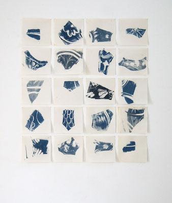 ohne Titel (zwanzig Scherben), Monotypie auf Makulatur,mehrteilig, 97 cm x 110 cm, 2021