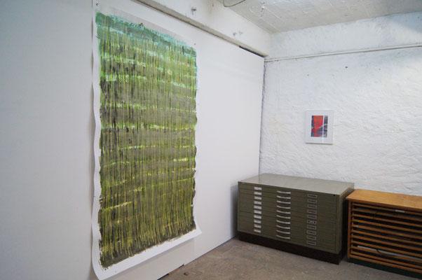 Feld und Seelenheil, Feld, Chinatusche und Ölkreide auf Papier, 2,50 m x 1,50 m , 2018
