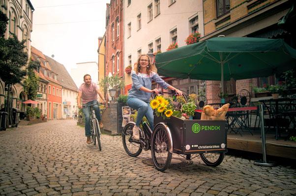 Pendix Christiania Fahrt durchs Dorf