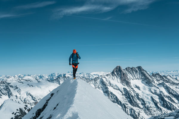 Eiger Gipfel nach dem Aufstieg über die Westflanke
