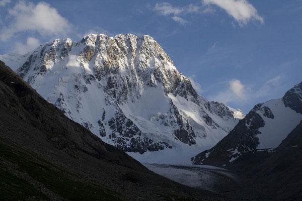 Unser Projekt - Mount Dzhigit Nordwand