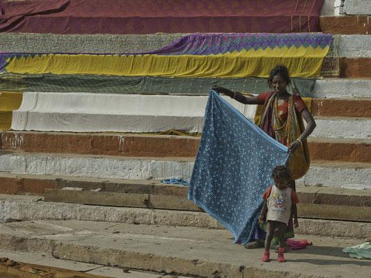 Lessive sur les Gats du Gange - © Jean-Pierre BAUD