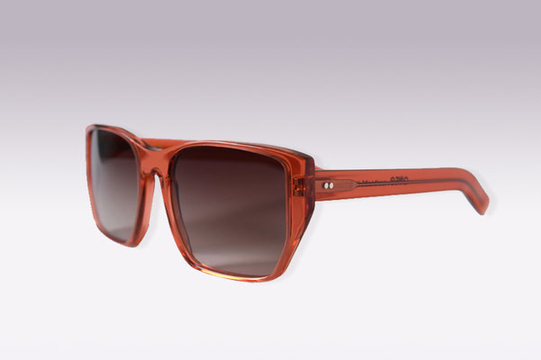 Audrey / orange red / brown gradient lens / size 52 / €169,00