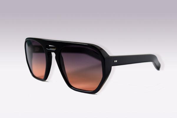 QB Victor / black / grey orange gradient lens / size 56 / €169,00