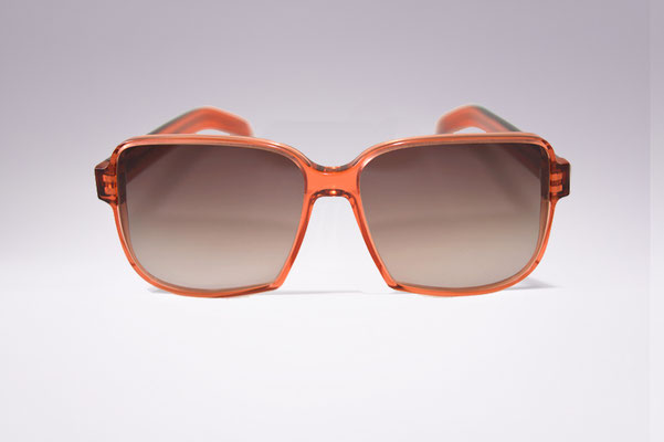 Ninotschka / orange red / brown gradient lens / size 55 / €169,00 SOLD OUT