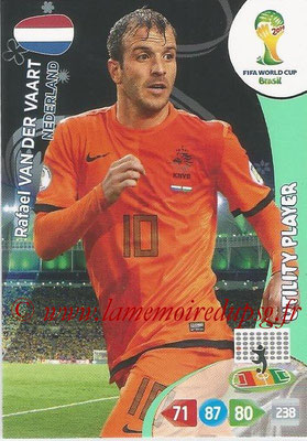 2014 - Panini FIFA World Cup Brazil Adrenalyn XL - N° 258 - Rafael VAN DER VAART (Pays-Bas) (Utility Player)