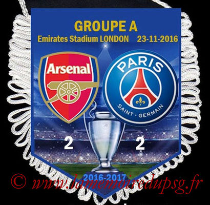 Fanion Arsenal-PSG  2016-17
