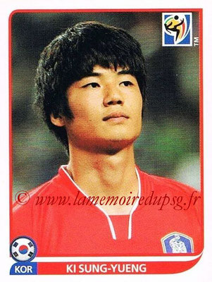2010 - Panini FIFA World Cup South Africa Stickers - N° 157 - Ki SUNG-YUENG (Corée du Sud)