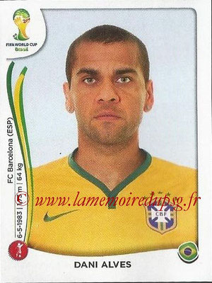 2014 - Panini FIFA World Cup Brazil Stickers - N° 037 - Dani ALVES (Brésil)