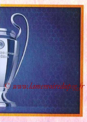 2015-16 - Topps UEFA Champions League Stickers - N° 004 - Trophée UEFA Champions League Trophy (puzzle 2)