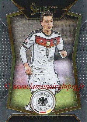 2015 - Panini Select Soccer - N° 040 - Mesut OZIL (Allemagne)