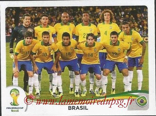 2014 - Panini FIFA World Cup Brazil Stickers - N° 033 - Equipe Brésil