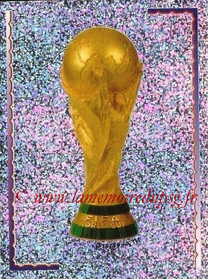 2002 - Panini FIFA World Cup Stickers - N° 001 - Trophée FIFA World Cup
