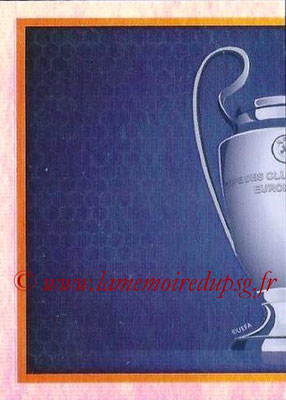 2015-16 - Topps UEFA Champions League Stickers - N° 003 - Trophée UEFA Champions League Trophy (puzzle 1)