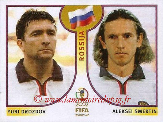 2002 - Panini FIFA World Cup Stickers - N° 525 - Yuri DROZDON + Aleksei SMERTIN (Russie)