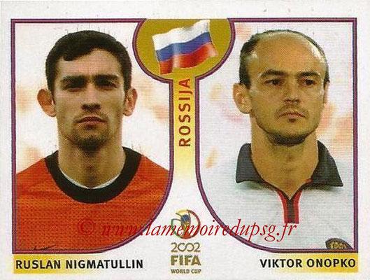 2002 - Panini FIFA World Cup Stickers - N° 522 - Ruslan NIGMATULLIN + Viktor ONOPKO (Russie)