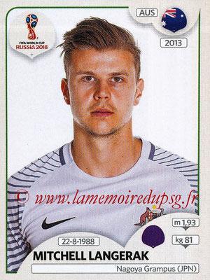 2018 - Panini FIFA World Cup Russia Stickers - N° 215 - Mitchell LANGERAK (Australie)