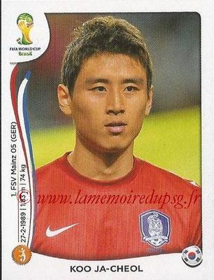 2014 - Panini FIFA World Cup Brazil Stickers - N° 633 - Koo JA-CHEOL (Corée du Sud)