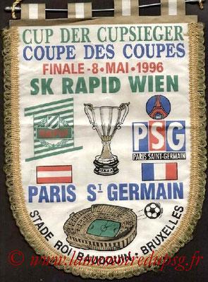 Fanions  PSG-Rapid Vienne  1995-96
