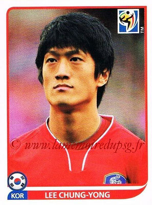 2010 - Panini FIFA World Cup South Africa Stickers - N° 156 - Lee CHUNG-YONG (Corée du Sud)