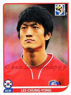 2010 - Panini FIFA World Cup South Africa Stickers - N° 156 - Lee CHUNG-YONG (Corée du Sud)