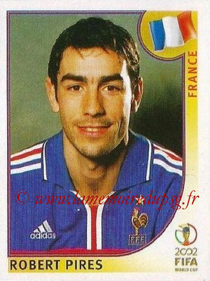 2002 - Panini FIFA World Cup Stickers - N° 037 - Robert PIRES (France)