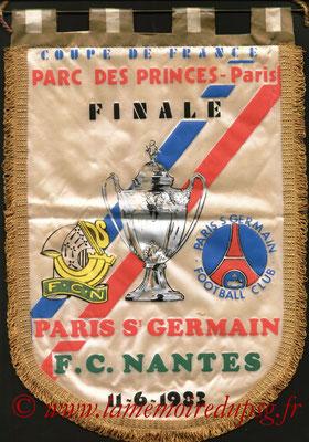 Grands fanions  PSG-Nantes  1982-83