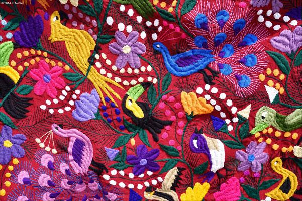 typische Farben und Muster