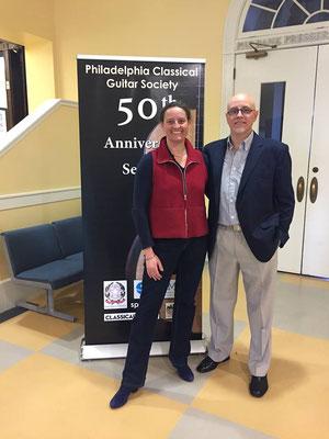Con Nicole Bachel, constructora de guitarras. Filadelfia, Estados Unidos. 12 de marzo de 2017.