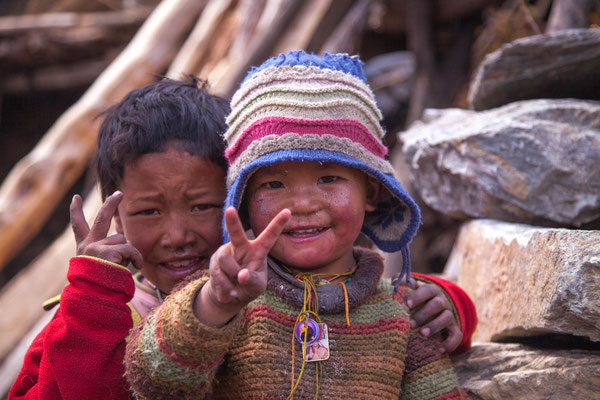 Children in the Manaslu region