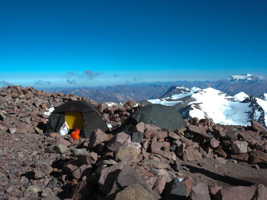 Magnificent views over the Andes from camp 2