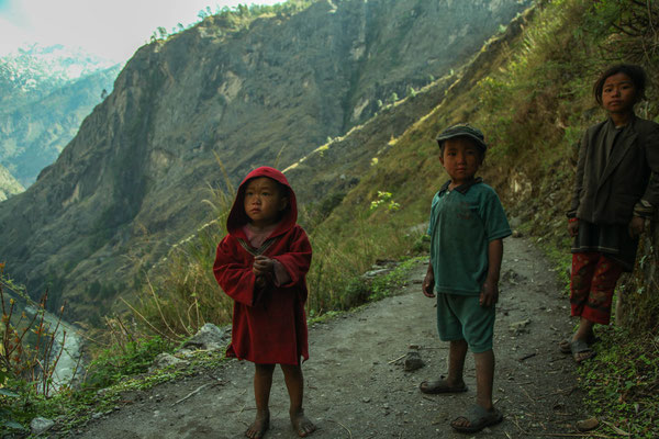 Children in Tsum Valley