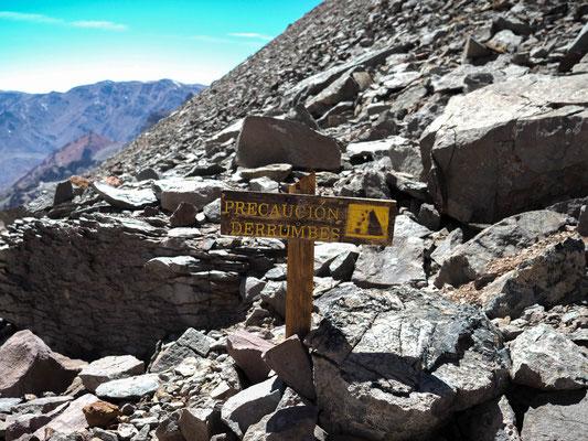 Rockfall ahead